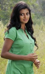 Anandhi Vicky