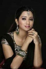 Shreya Ghoshal from Shorshe Online